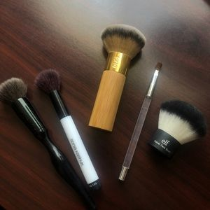 Tarte Foundation Brush Set